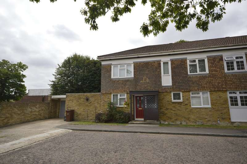 4 Bedrooms Semi Detached House for sale in Chattenden Lane, Chattenden, Rochester, Kent, ME3