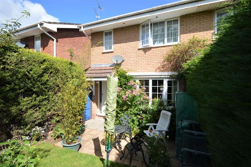 3 Bedrooms Semi Detached House for sale in Blanchard Close, Leominster