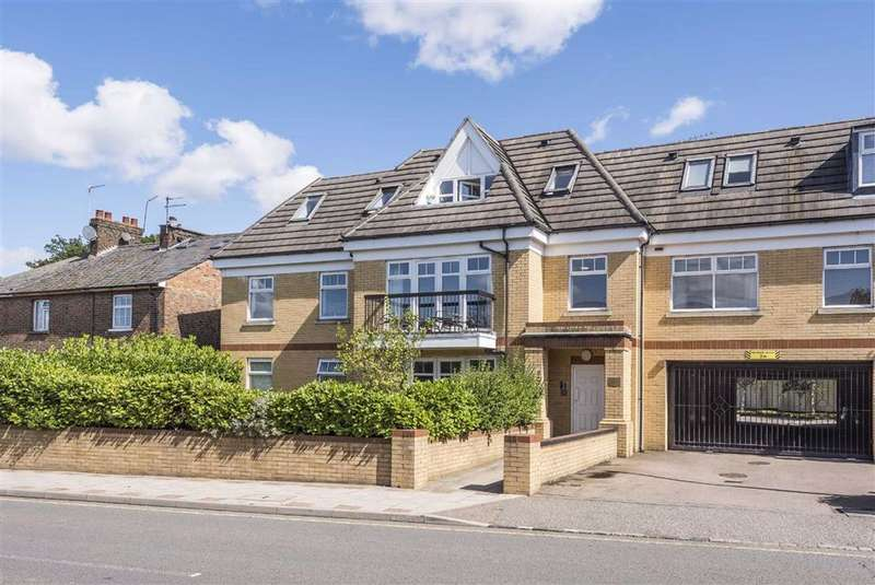 2 Bedrooms Flat for sale in St. Albans Road, High Barnet, Hertfordshire