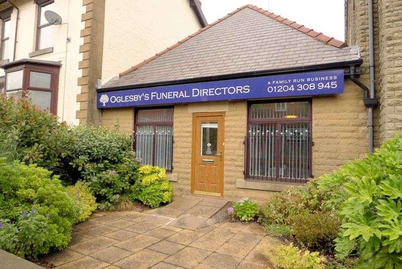 Property for sale in Darwen Road, Bolton