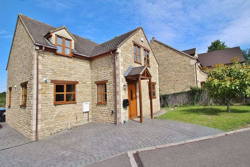 4 Bedrooms Property for sale in Common Road, North Leigh