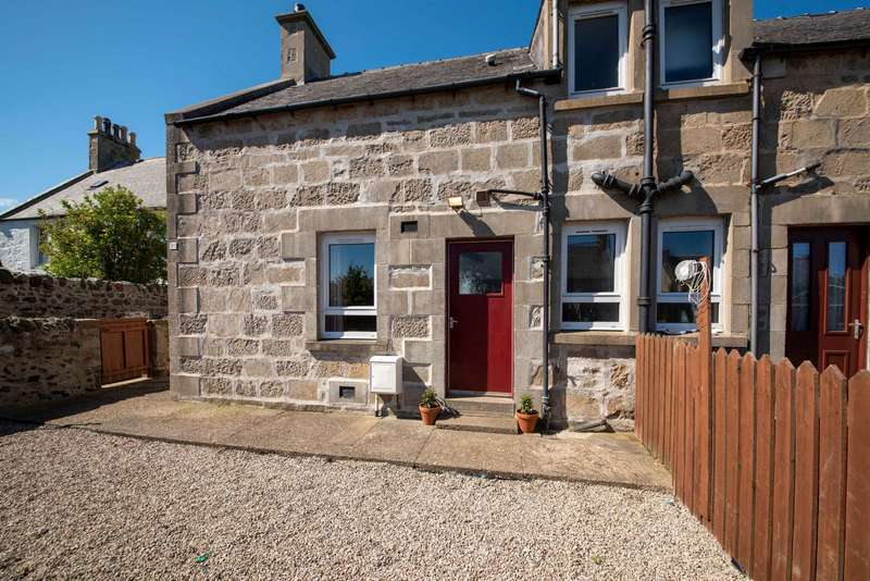 2 Bedrooms Semi Detached House for sale in Schoolhendry Street, Portsoy, Moray, AB45 2RS