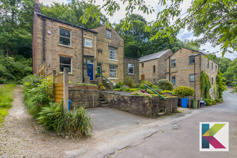 2 Bedrooms Semi Detached House for sale in Midgrove Lane, Delph, Saddleworth