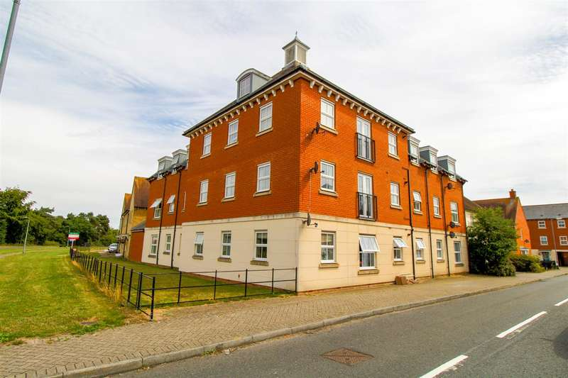 2 Bedrooms Apartment Flat for sale in Chariot Drive, Colchester CO2