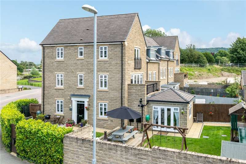 4 Bedrooms Town House for sale in Mill Way, Otley, West Yorkshire