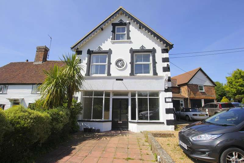 4 Bedrooms Semi Detached House for sale in Clockhouse The Street, Sedlescombe, Battle, East Sussex. TN33 0QE
