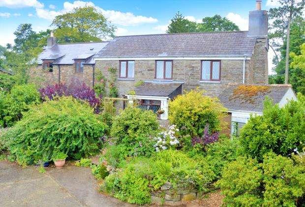 4 Bedrooms Detached House for sale in Moorswater, Liskeard, Cornwall