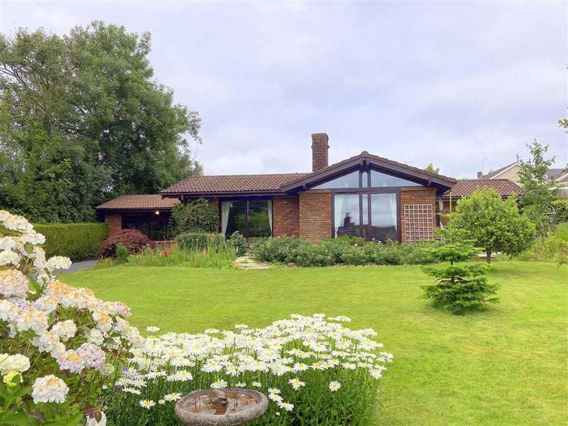 3 Bedrooms Detached Bungalow for sale in Carmarthen Road, Kilgetty