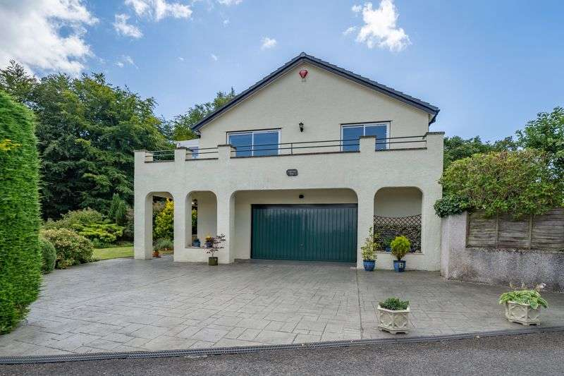 4 Bedrooms Property for sale in Stunning property with exquisite views