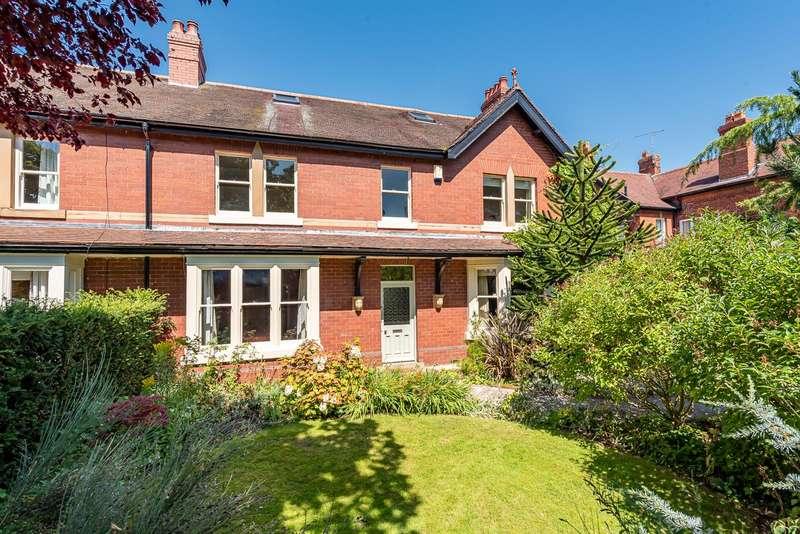 6 Bedrooms House for sale in Mayfield, 8 The Avenue, Norton, Malton, YO17 9EF