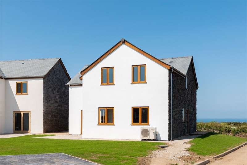 4 Bedrooms Detached House for sale in Penmenner Road, The Lizard, Helston, Cornwall