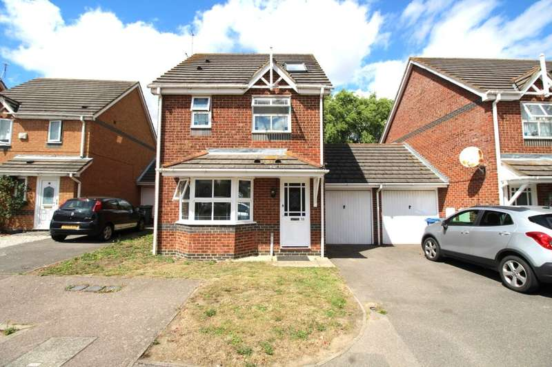 4 Bedrooms Detached House for sale in Meteor Close, Milton Regis, Sittingbourne, ME10