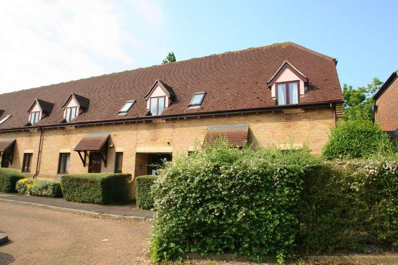 1 Bedroom Flat for sale in Canvey Walk, Chelmsford