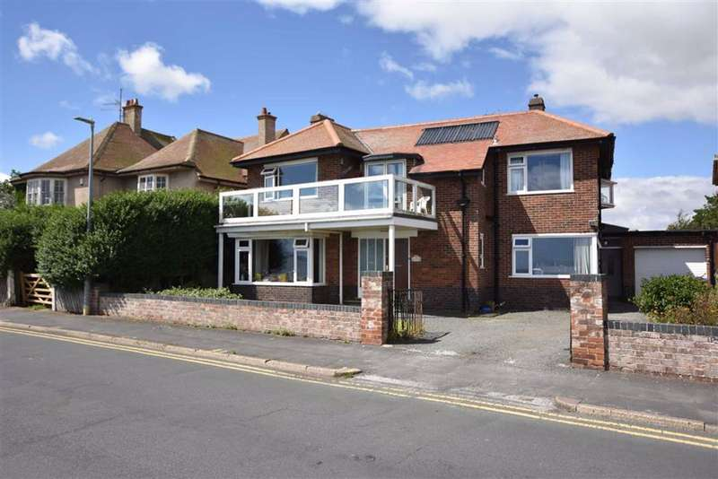 4 Bedrooms Detached House for sale in Belvedere Parade, Bridlington, YO15