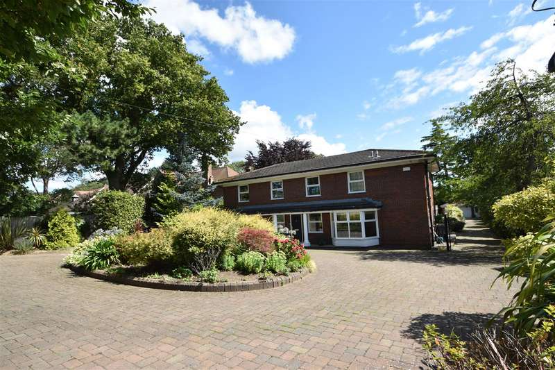 5 Bedrooms Detached House for sale in Baskervyle Road, Heswall, Wirral