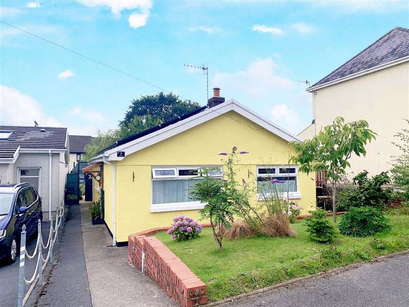 3 Bedrooms Detached Bungalow for sale in Bryn Avenue, Burry Port