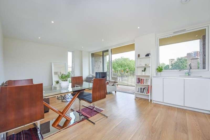 2 Bedrooms Flat for sale in Stead Street, London SE17