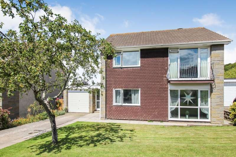 3 Bedrooms Detached House for sale in Clynder Grove, Clevedon, BS21
