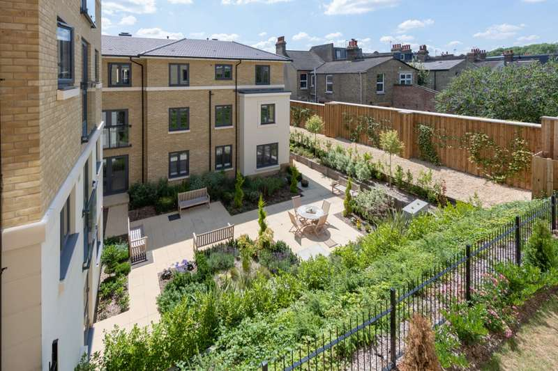 2 Bedrooms Apartment Flat for sale in Jefferies Lodge, 48-60 Footscray Road, London, SE9