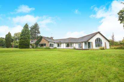 6 Bedrooms Detached House for sale in Davenport Lane, Mobberley, Cheshire, .