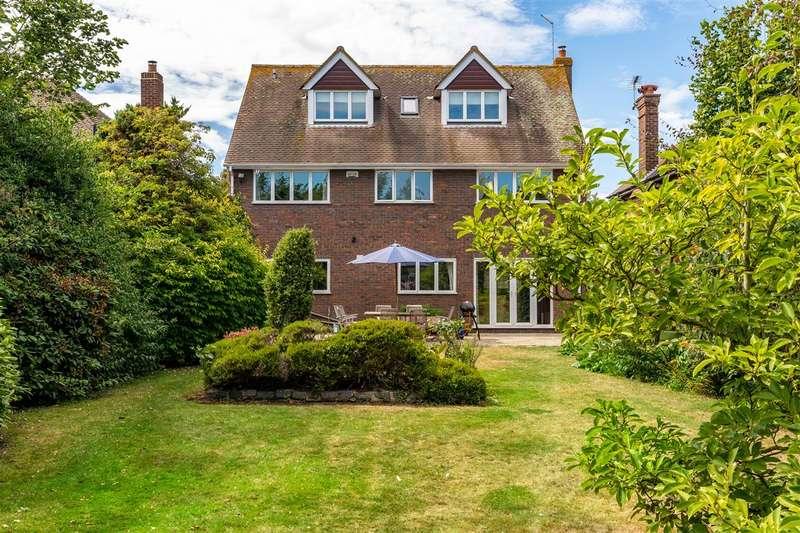 6 Bedrooms Detached House for sale in Ashford Road, Faversham