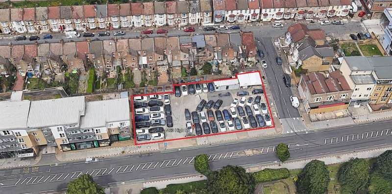 1 Bedroom Commercial Property for rent in High Road, Ilford, Essex , IG1 1TX