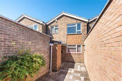 3 Bedrooms Terraced House for sale in Rectory Green, Beckenham
