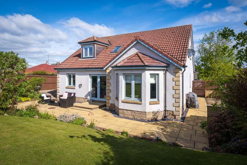 5 Bedrooms Detached House for sale in Pyeston View, Star, Glenrothes, Fife, KY7