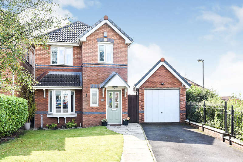 3 Bedrooms Detached House for sale in Oakley Drive, Oldham, OL1