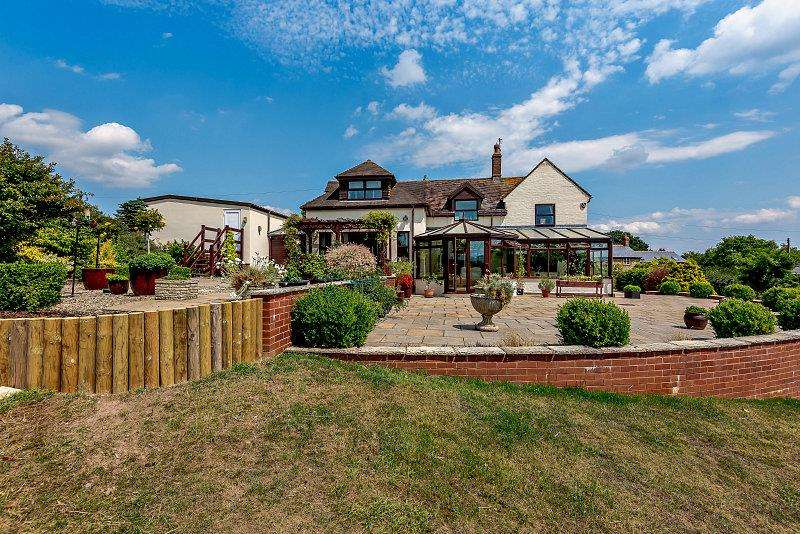 4 Bedrooms Detached House for sale in Bliss Gate, Rock, Worcestershire