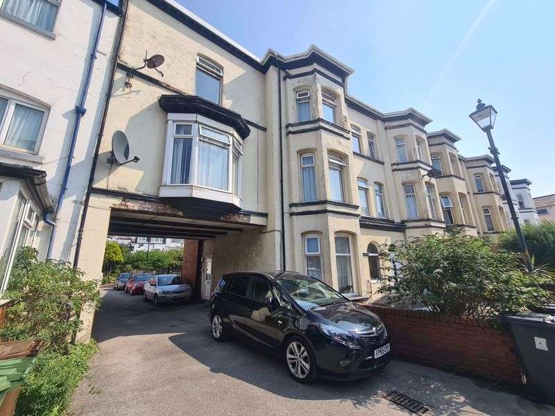 1 Bedroom Property for rent in Victoria Street, Southport