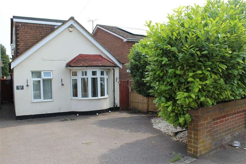 3 Bedrooms Chalet House for sale in Hoath Lane, Wigmore, Kent