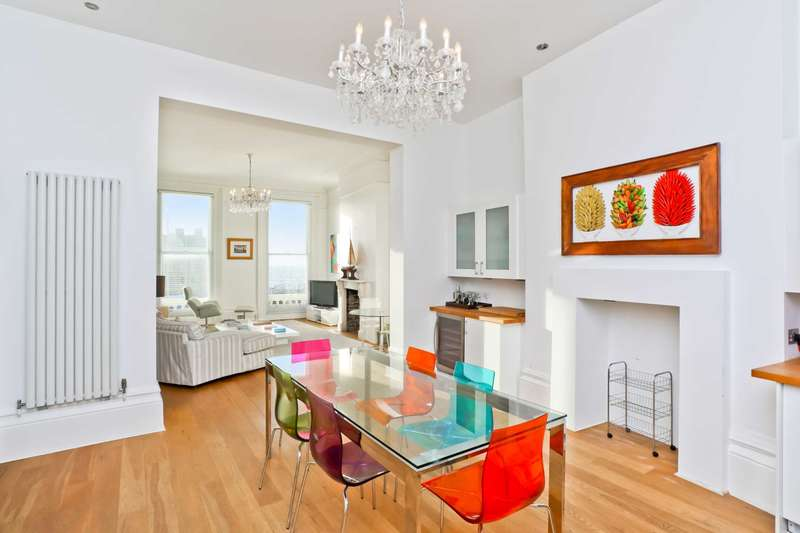 3 Bedrooms Flat for sale in St Aubyns, Hove