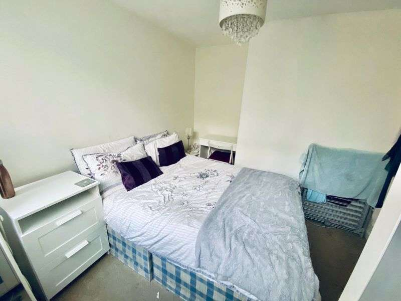Property for rent in Barrow Hill Close, Worcester Park