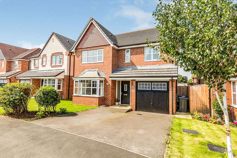 4 Bedrooms Detached House for sale in Sycamore Gardens, Leyland, Lancashire, PR25