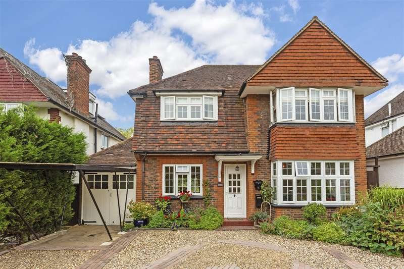 3 Bedrooms Detached House for sale in Reigate Road, Epsom