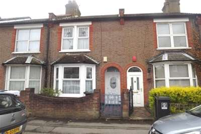 3 Bedrooms House for rent in Chester Road, WD18