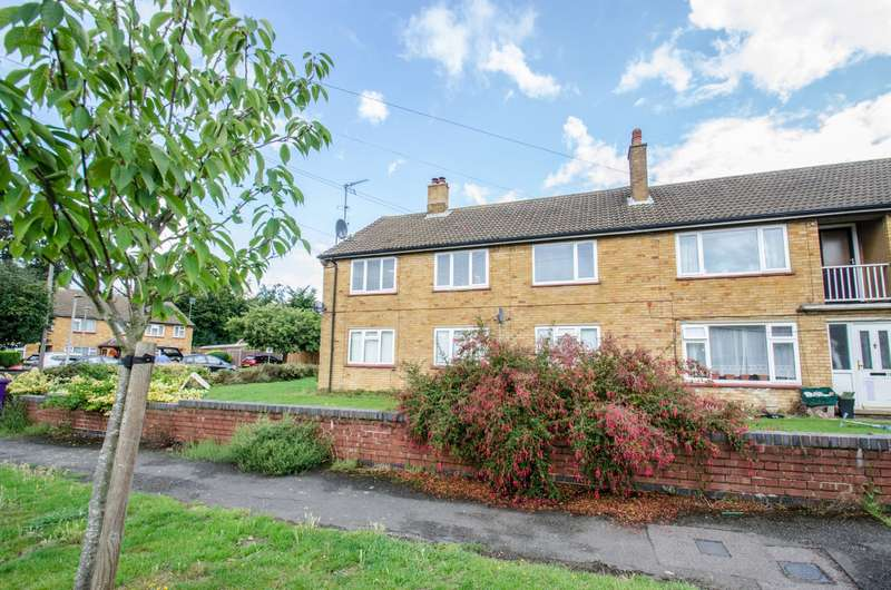 2 Bedrooms Apartment Flat for sale in Gosling Avenue, Offley, Hitchin, Hertfordshire, SG5