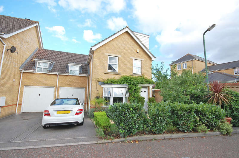 4 Bedrooms Link Detached House for sale in Ashdown Close, Great Notley, Braintree, CM77