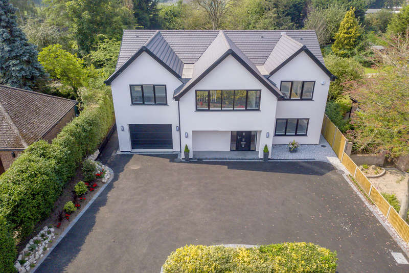 4 Bedrooms Detached House for sale in Golf Road, Radcliffe-on-Trent, NG12 2GA