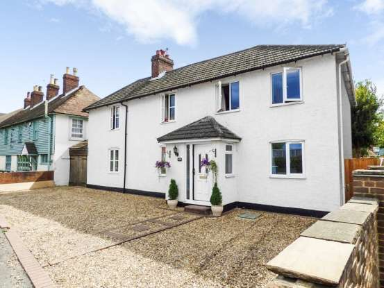 Detached House for sale in New Hythe Lane, Aylesford, Kent, ME20 6SA