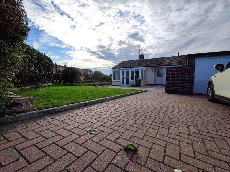 2 Bedrooms Property for sale in May Close, Basingstoke