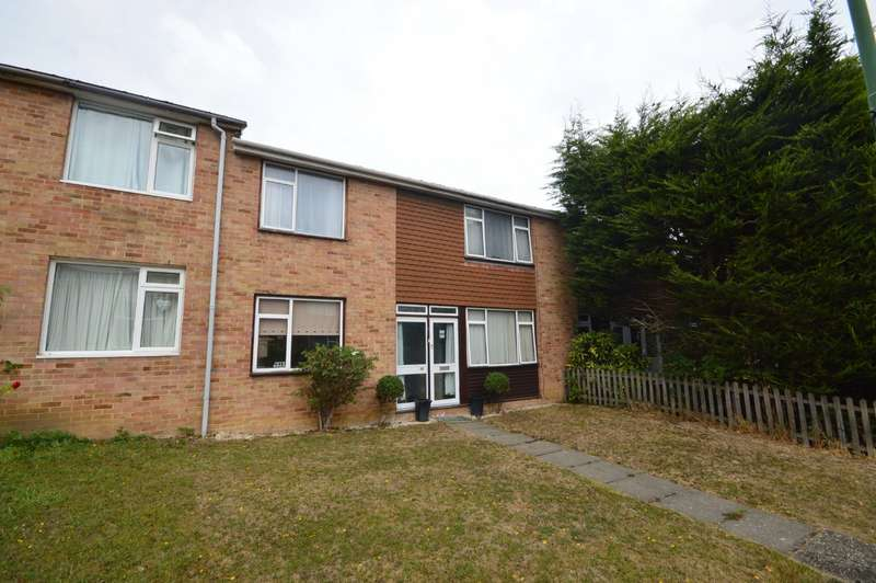 3 Bedrooms House for sale in Hanbury Walk, Bexley, DA5