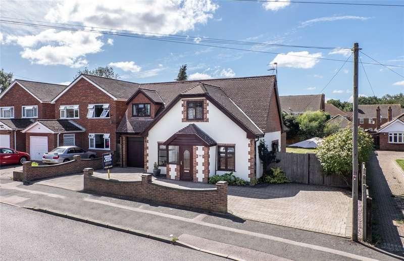 4 Bedrooms Detached Bungalow for sale in Hempstead Road, Hempstead, Gillingham, Kent, ME7