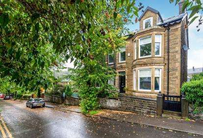 4 Bedrooms Semi Detached House for sale in Thornfield Avenue, Rossendale, Lancashire, BB4