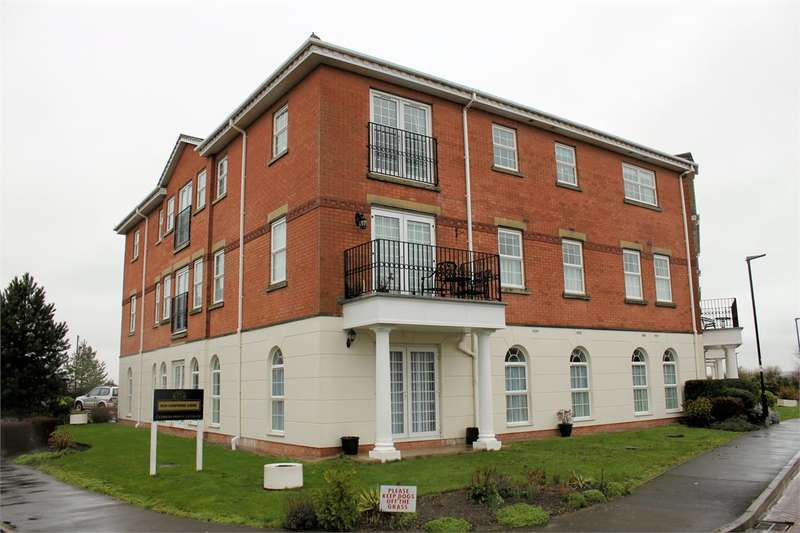 3 Bedrooms Apartment Flat for rent in 302 New Hampshire Court, Blacksmith Row, Cypress Point, Lytham St. Annes, FY8 4UF.