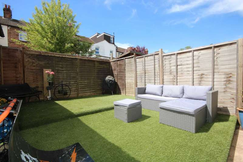 3 Bedrooms End Of Terrace House for sale in Henry Street, Apsley