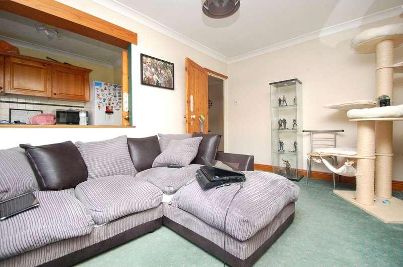 1 Bedroom Maisonette Flat for sale in Ardleigh Green Road, Hornchurch, RM11