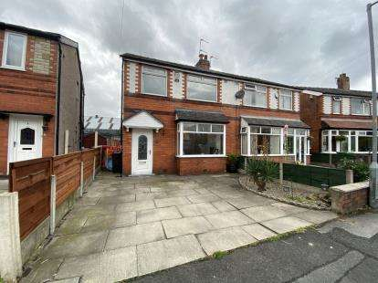 3 Bedrooms Semi Detached House for sale in Albert Grove, Farnworth, Bolton, Greater Manchester, BL4