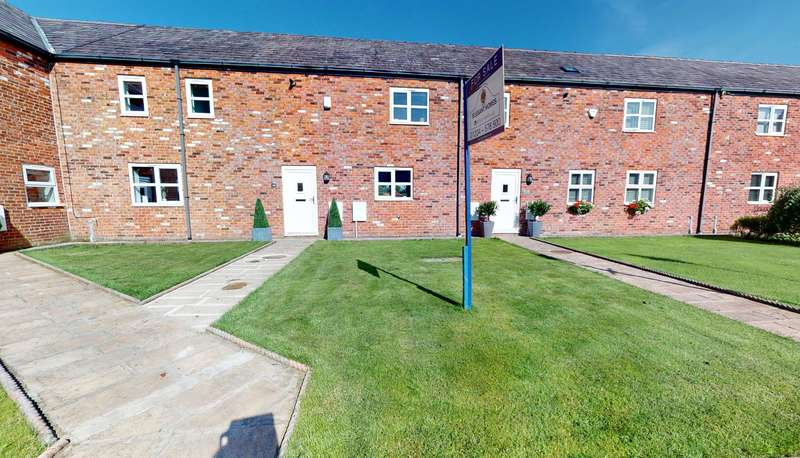 4 Bedrooms Terraced House for sale in Plodder Lane, Bolton, BL5 1AL